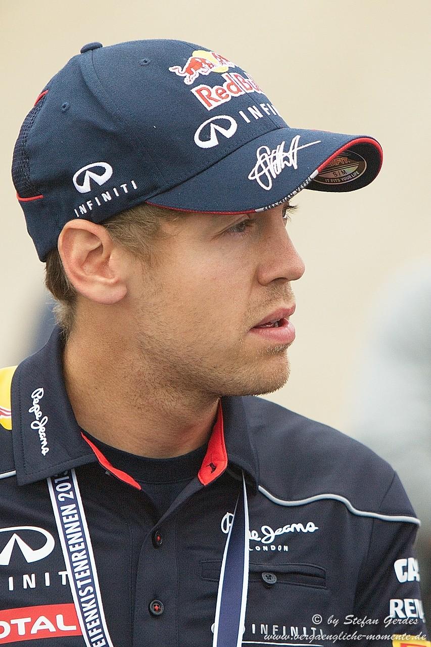 Sebastian Vettel beim Redbull Seifenkistenrennen in Herten 2013